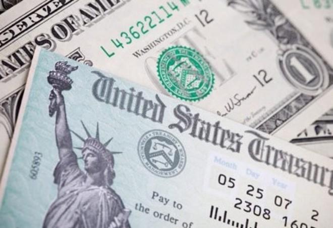 Bị Trung Quốc bán tháo trái phiếu, Mỹ không thể làm ngơ