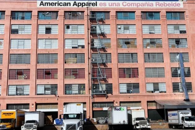 """Thương hiệu may mặc """"Made in America"""" của Mỹ đệ đơn phá sản"""