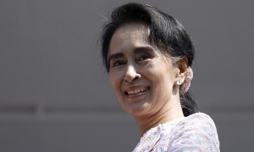 Cuộc chiến giữa 'Quý bà' Myanmar và các tướng lĩnh quân đội
