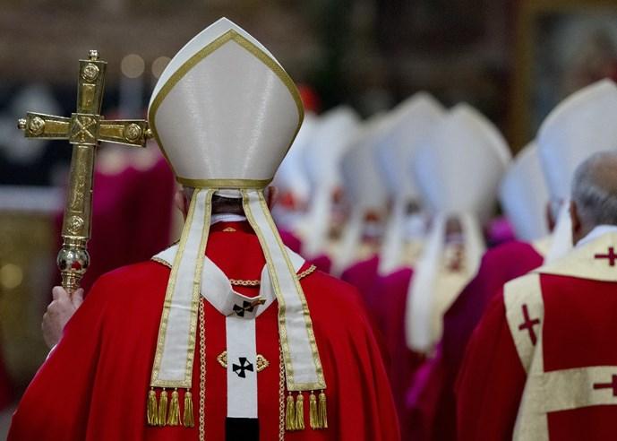 Sóng ngầm ở Vatican