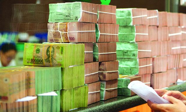 Bán nợ cho nước ngoài sẽ sôi động