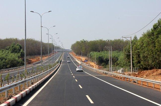 Nhà đầu tư ngoại được khai thác nhiều dự án hạ tầng