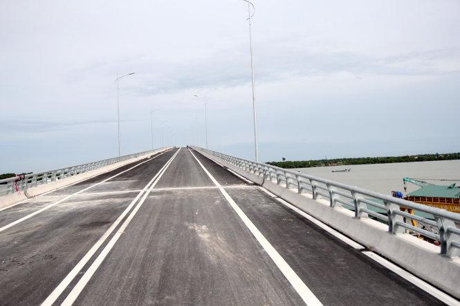 Cầu Mỹ Lợi rút ngắn đường từ TP.HCM - Tiền Giang ra sao?