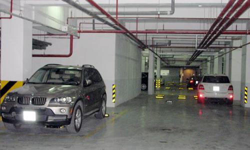 Hàng tỷ đồng một chỗ đỗ ôtô tại Hà Nội