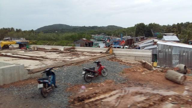 """Chóng mặt với tốc độ xây dựng các dự án bất động sản """"khủng"""" ở Phú Quốc"""
