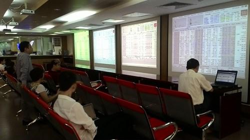 Cổ phiếu Việt Nam: Bài học về giá trị cho các thị trường phát triển