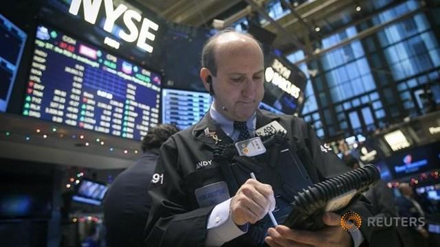 Làn sóng bán tháo chứng khoán toàn cầu tiếp diễn
