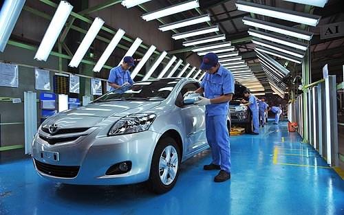 Việt Nam cân nhắc miễn thuế cho xe hơi Nhật