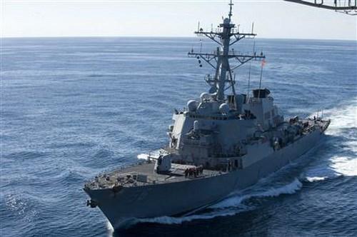 Chuyên gia Mỹ: Nên đưa ngay tàu chiến áp sát đảo nhân tạo của Trung Quốc