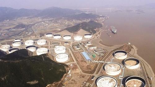 Dự trữ dầu để thao túng giá?