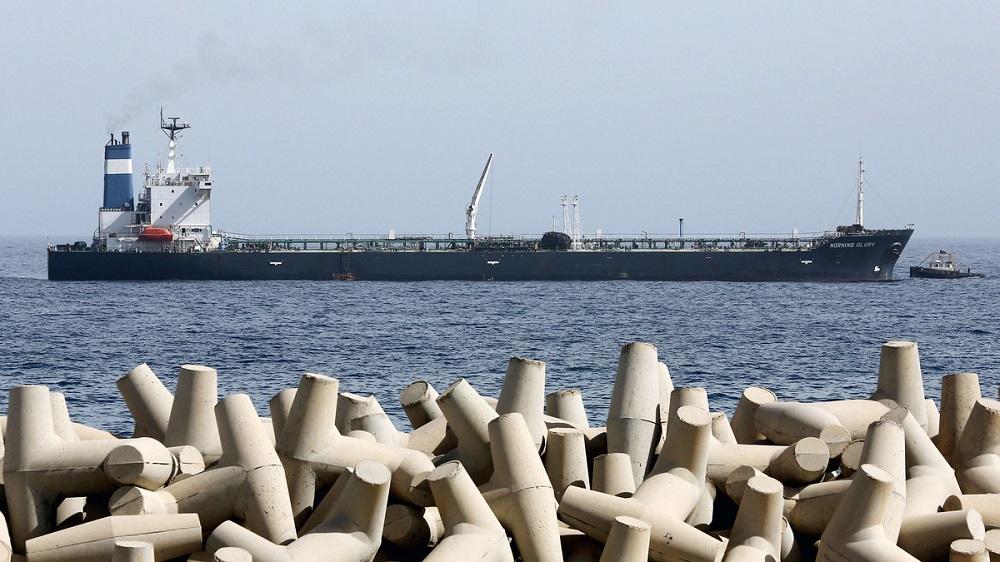 Bí quyết sống khỏe của các hãng dầu khí khi giá giảm