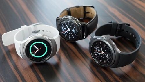 Đồng hồ thông minh nào đáng mua nhất trong năm 2015?