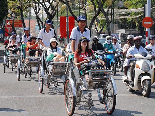 Du lịch Việt vẫn lận đận