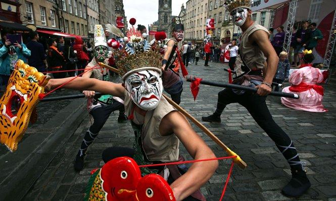 Khám phá Edinburgh, thủ đô lãng mạn của Scotland