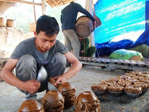 Nghịch lý trên vùng nguyên liệu: Mất nghề làm đường thủ công