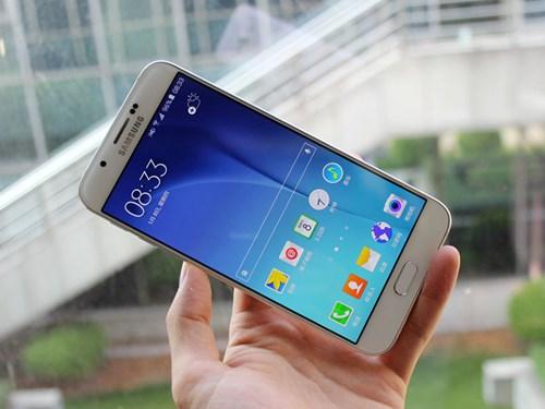 6 smartphone đáng chú ý bán ra trong tháng 8