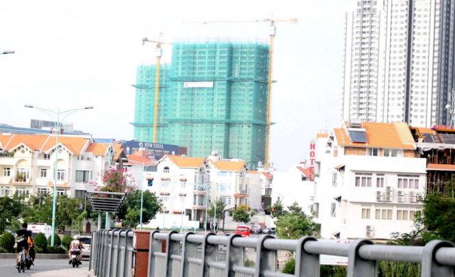 Giá nhà đất tại Hà Nội và TP.HCM tăng mạnh