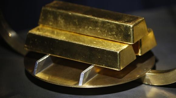 Giới đầu tư tháo chạy khỏi vàng, rút hơn 1 tỷ USD khỏi quỹ ETF