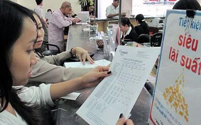 Thâm hụt thương mại khiến NHNN có thể phải tăng lãi suất chứ không giảm