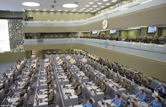 Hé lộ căn phòng chiến tranh của ông Putin