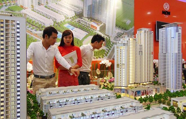 Cung vượt cầu, thị trường bất động sản bắt đầu chững lại