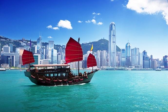 Hồng Kông củng cố vị thế kinh tế nhờ biến động từ Trung Quốc