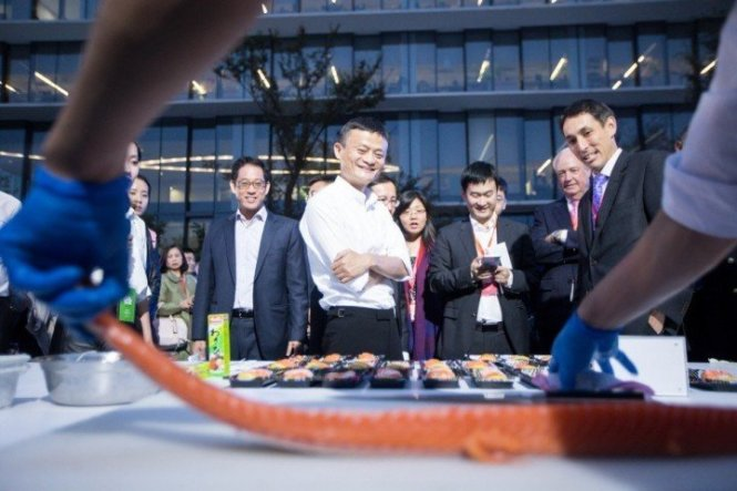Alibaba, các đại gia Trung Quốc hốt bạc mua sắm Ngày độc thân