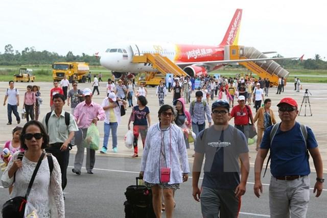 Thái Lan đề nghị mở tuyến xe buýt kết nối ba nước Việt Nam-Lào-Thái Lan