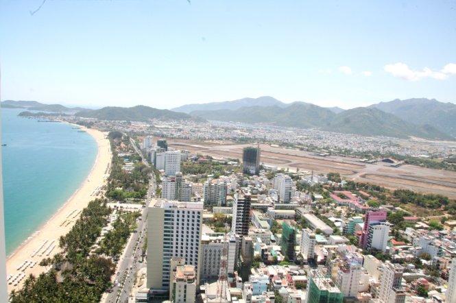 Thống nhất việc giao đất sân bay Nha Trang cho Khánh Hòa