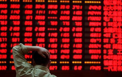 Kinh tế Trung Quốc gặp nguy cơ: Không thể trông chờ Mỹ