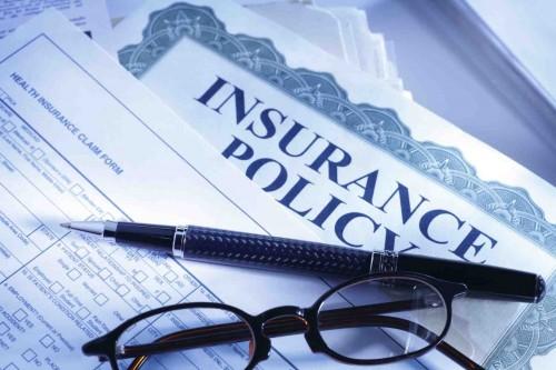 Bảo hiểm, Ngân hàng: Mong lùi áp dụng hợp đồng mẫu