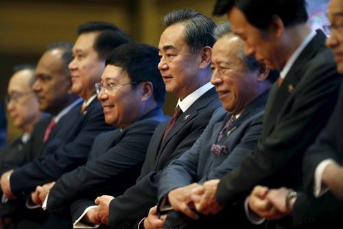 Mỹ thẳng thừng chỉ trích Trung Quốc