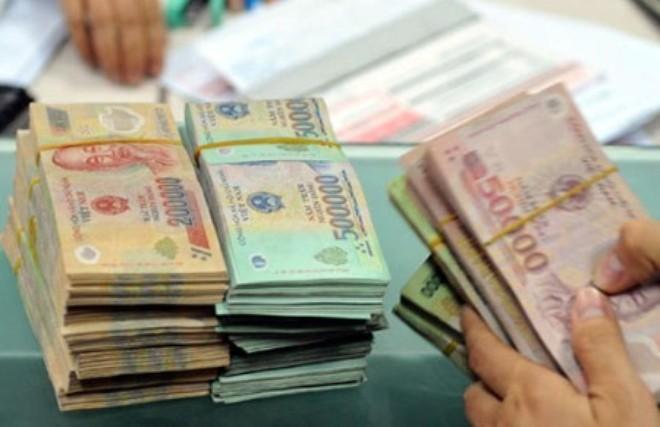 Chi trả nợ và viện trợ vẫn chiếm đa số trong tổng chi NSNN 8 tháng đầu năm