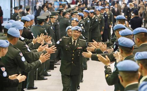 Hành trình ra nước ngoài tham chiến của binh sĩ Nhật Bản