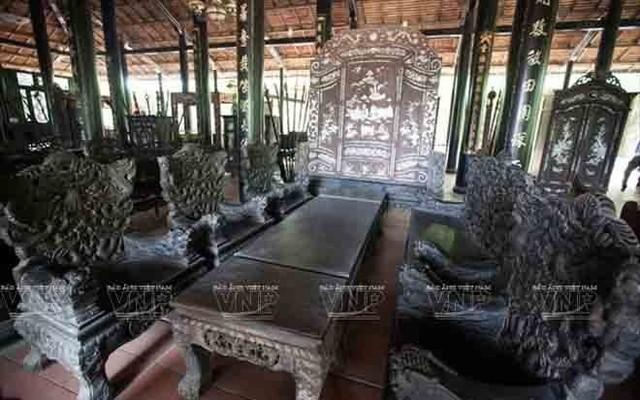 Những bộ bàn ghế độc, lạ ở Việt Nam