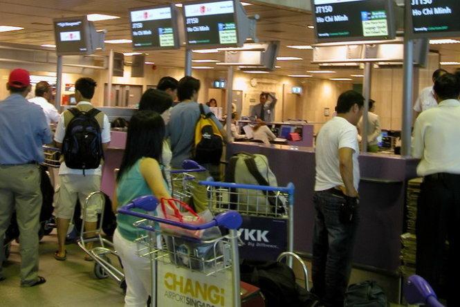 Hơn 2.000 lượt khách Việt bị Singapore từ chối nhập cảnh