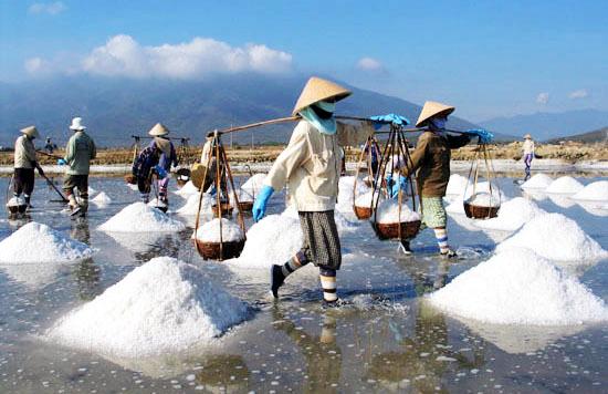 """Nửa tạ muối 1 bát phở: Bữa sáng """"nặng đô"""" của nông dân"""