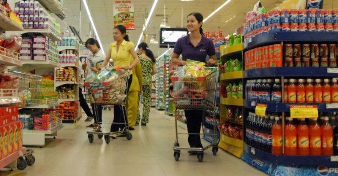 Hàng Việt chưa vào được siêu thị, gỡ nút thắt từ đâu?