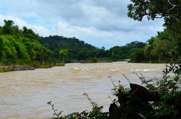 Lào xây đập thủy điện mới trên sông Mekong: Không ổn về pháp lý