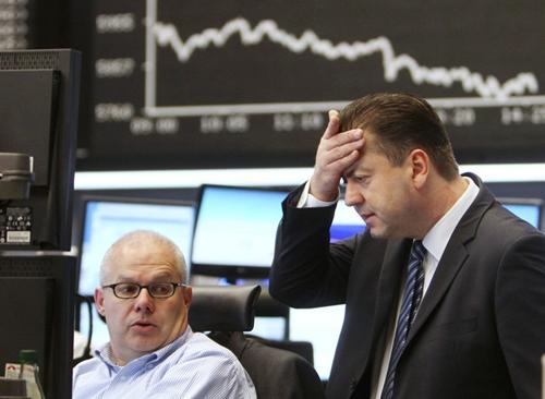 Hơn 3.300 tỷ USD tháo chạy khỏi thị trường chứng khoán