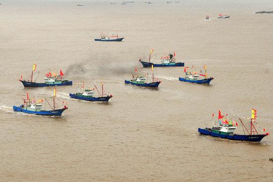 """Trung Quốc đóng tàu riêng cho """"dân quân biển"""" trên Biển Đông"""