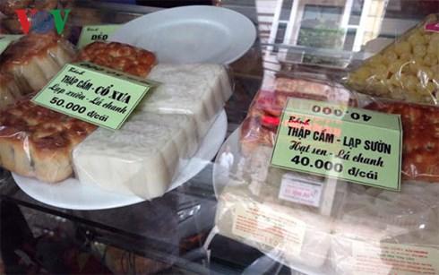 """Thị trường bánh Trung thu: Khởi động đã có """"giá khủng"""""""