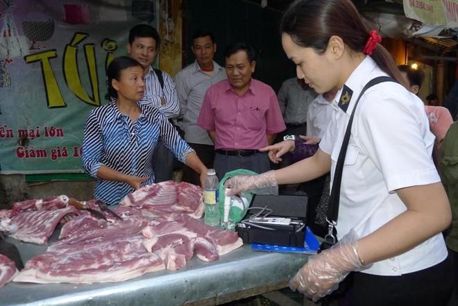 Thịt bơm nước tràn lan, làm cách nào để tránh?