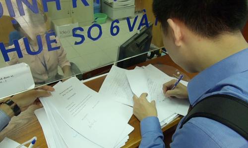 VCCI: 30% doanh nghiệp chi tiền 'lót tay' cho cán bộ thuế