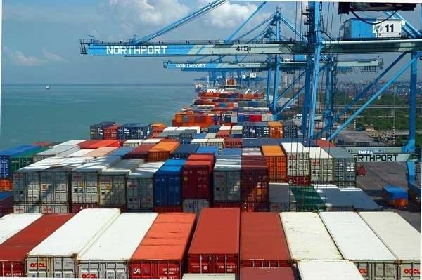 Việt Nam xuất siêu sang EU 10 năm liên tiếp, 6 tháng 2015 đạt 16,5 tỷ USD