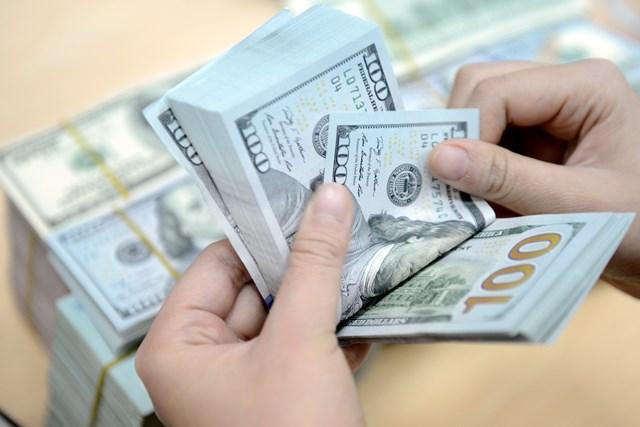 Cho vay lại vốn vay nước ngoài sẽ phải chịu rủi ro