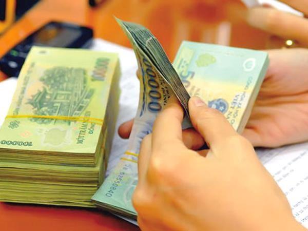 Ép ngân hàng giảm lãi vay?