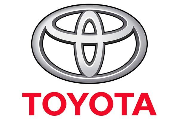 Bảng giá xe Toyota tháng 8/2015