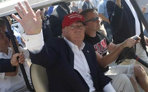 """Donald Trump """"sẵn sàng chi 1 tỷ USD"""" để thành Tổng thống Mỹ"""
