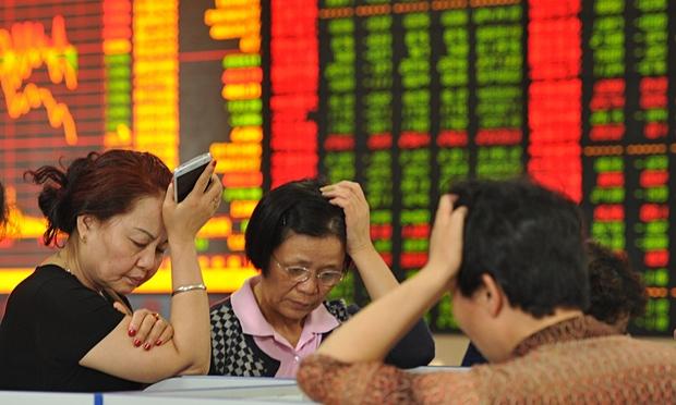 Trung Quốc: Cuồng phong kinh tế thổi bùng thách thức chính trị
